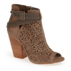 Vince Camuto Maizy Booties